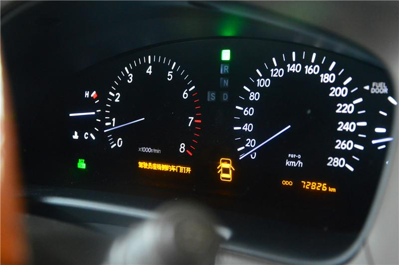 雷克萨斯轿车节温器失效导致发动机怠速居高不下