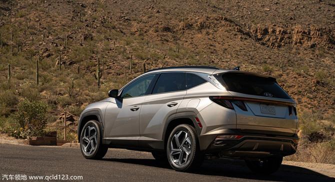 汽车领地:2022款现代途胜驾驶感:风格与空间