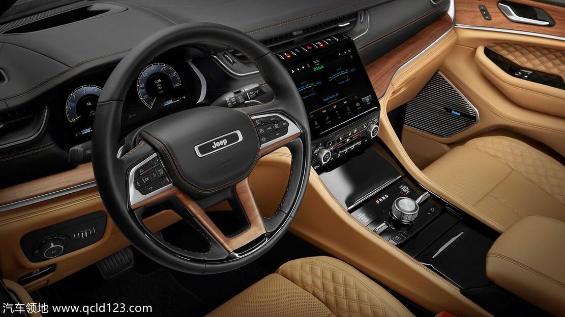 2022 年吉普大切诺基:我们所知道的关于两排 SUV 的一切